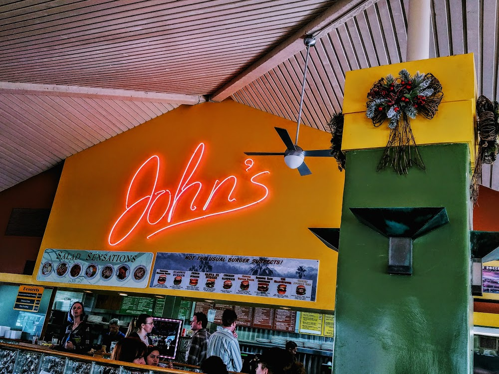 John's Restaurant – Palm Springs, CA